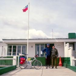 """Direzione Punta Arenas – Foto con """"l'autorità"""""""