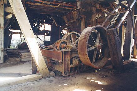 inside-the-old-gold-dredge
