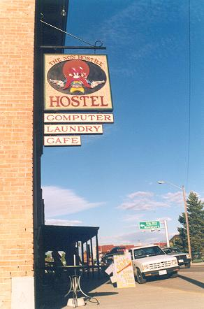 non-hostile-hostel-in-whitefish